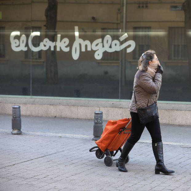 """Los mayores agradecen a El Corte Inglés la ayuda en sus compras: """"Son gestos que no se olvidan"""""""