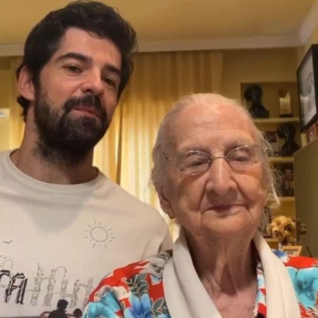 Descubre los vídeos virales de Luisa, la abuela 'influencer' del actor Miguel Ángel Muñoz