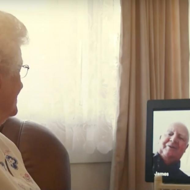 Tecnología, aliada de los mayores para combatir la soledad