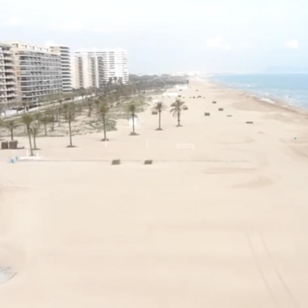 VÍDEO: Las insólitas imágenes de las playas valencianas vacías en Semana Santa captadas por drones