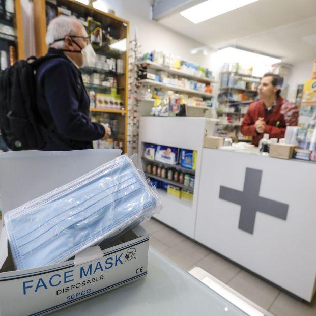 El Gobierno fija el precio máximo de las mascarillas en los 0,96 euros