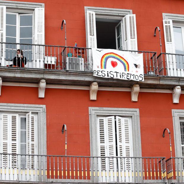 El 2 de Mayo se celebra este año en los balcones