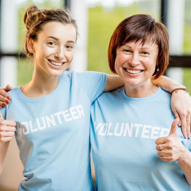 Qué pasos tengo que dar para colaborar como voluntario (Bigstock)