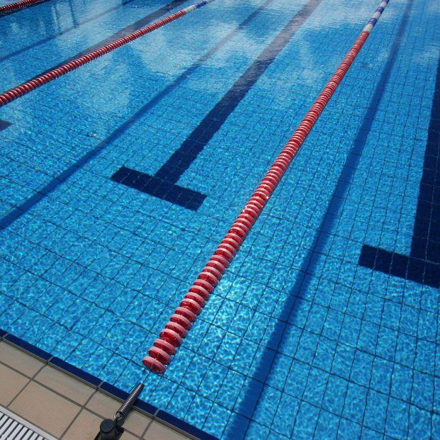 Expertos en piscinas aseguran que los tratamientos de desinfección habituales acaban con el COVID-19