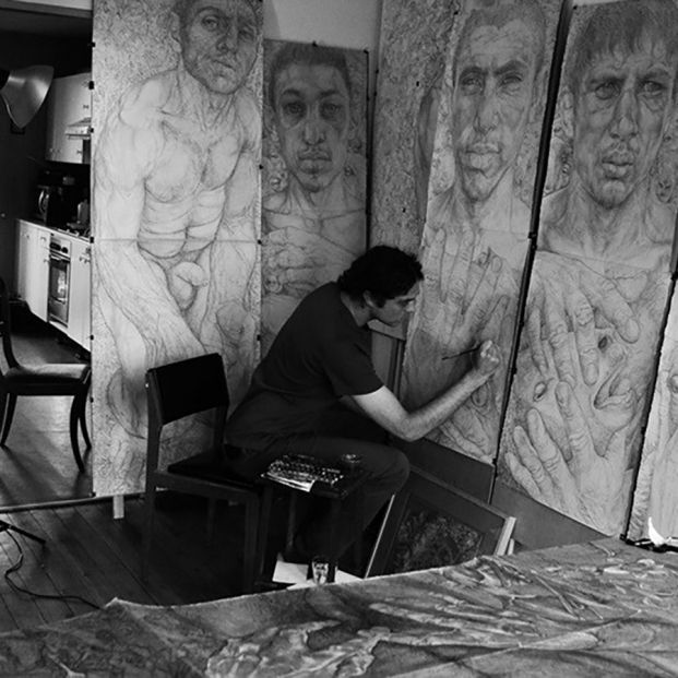 La traumática experiencia de un artista recluido en China como sospechoso de tener COVID-19