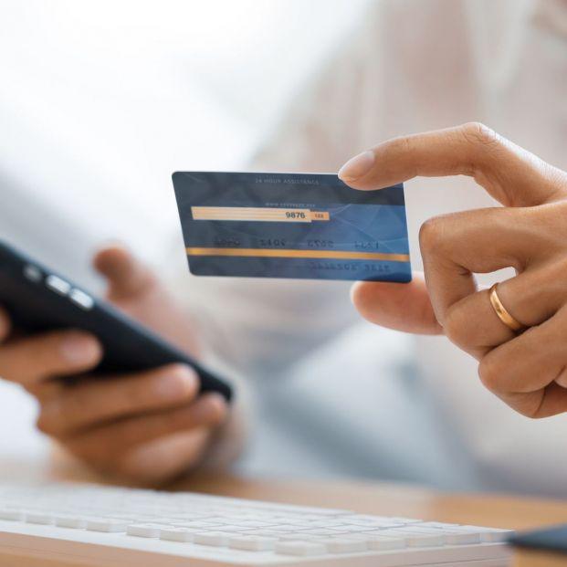 Alertan sobre SMS fraudulentos para solicitar supuestas ayudas económicas por el coronavirus