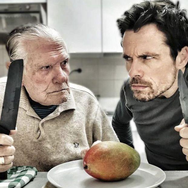 El actor Octavi Pujades y su padre, de 90 años, triunfan en Instagram con su álbum del confinamiento