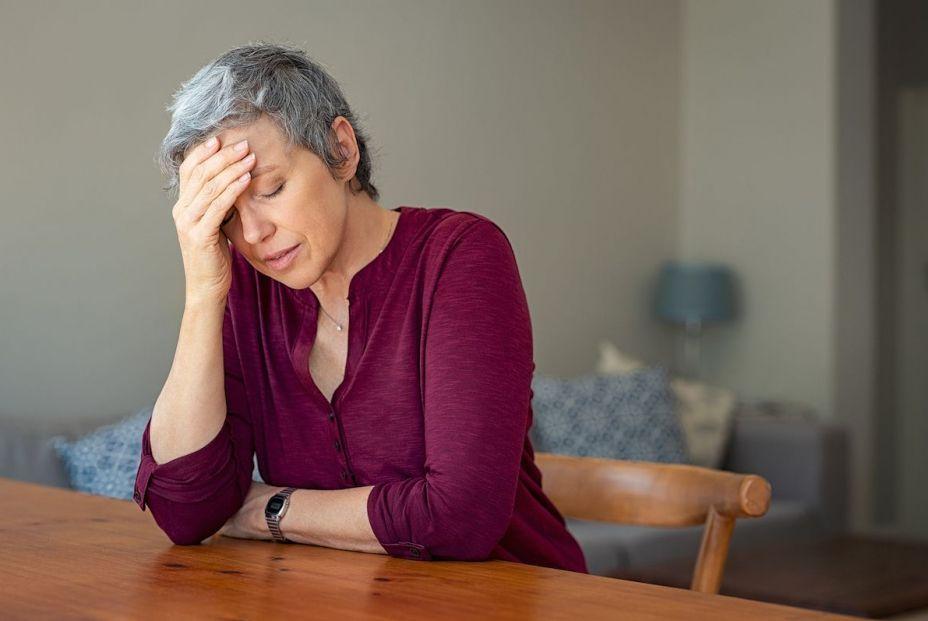 Los mayores de 60 tuvieron menos ansiedad, depresión y estrés durante el pico del COVID-19