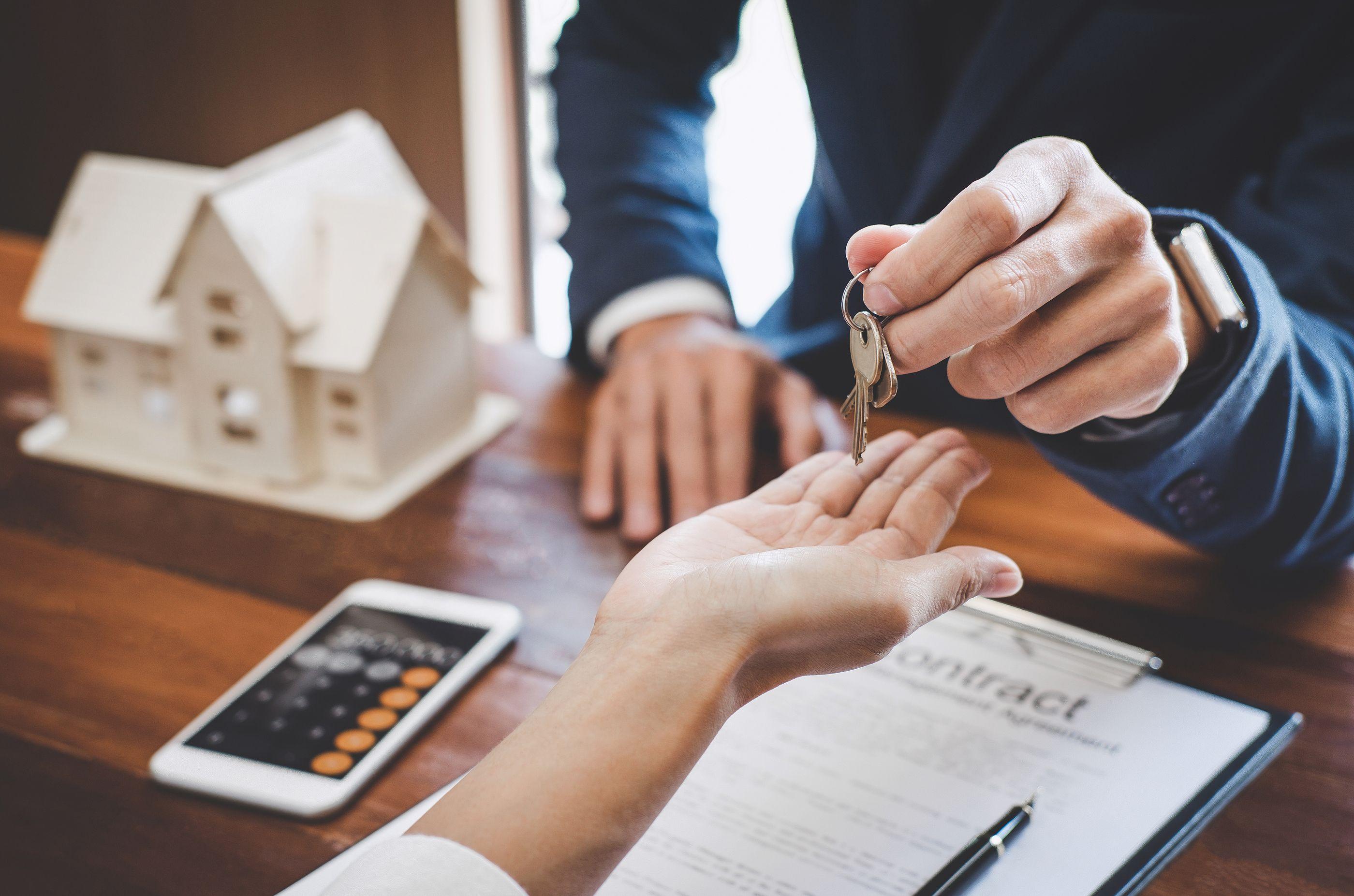 Hipoteca inversa: convertir la vivienda en renta y que pa...