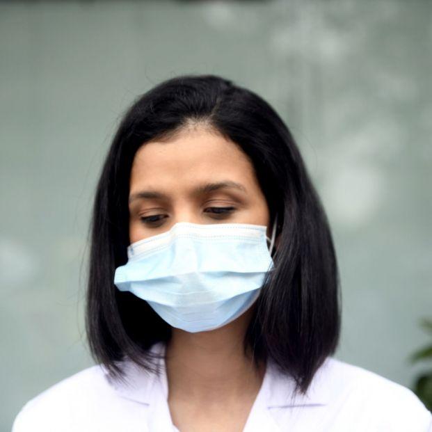 El 80% de los sanitarios sufre ansiedad por la pandemia, según una encuesta