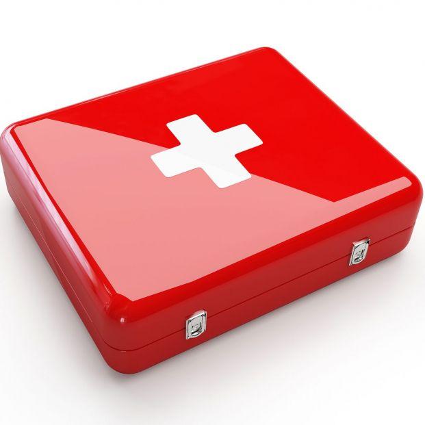 Qué debe tener el botiquín de primeros auxilios de nuestra casa