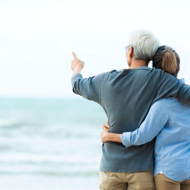 Puedes cobrar dos pensiones y sumar hasta más de 2.600 euros al mes
