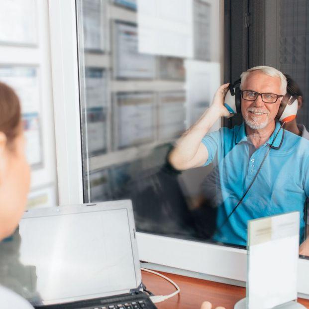 Revisión de la audición (bigstock)