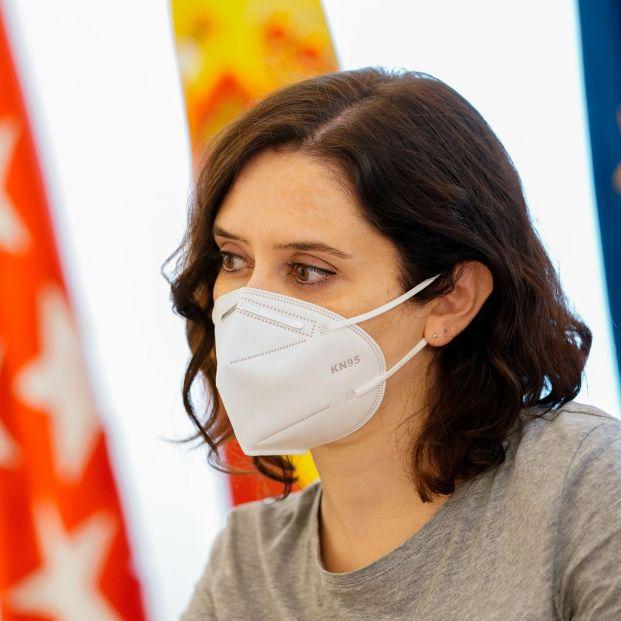 Familiares de residencias de Alcorcón y Leganés denuncian a Ayuso por la gestión de la pandemia