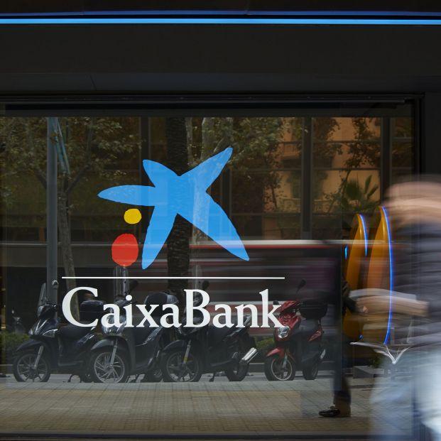 CaixaBank se vuelca con los mayores durante la crisis del coronavirus con medidas especiales