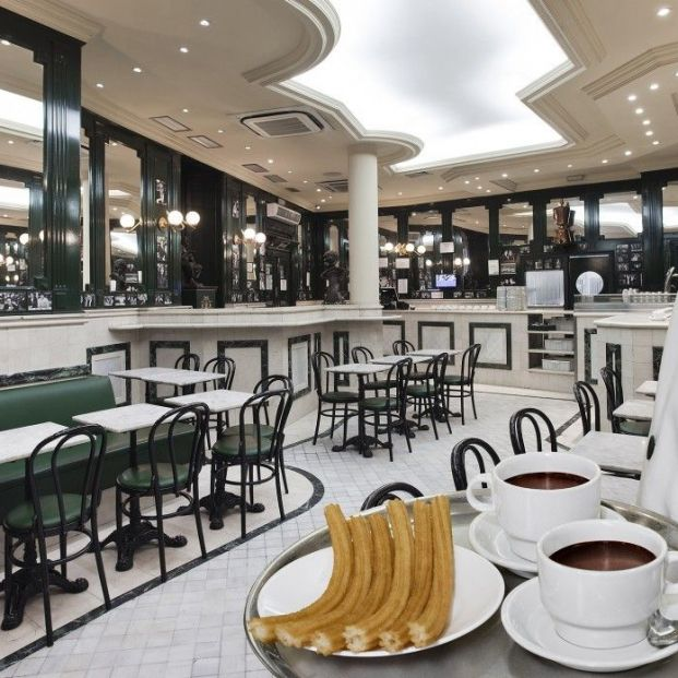Churros en Madrid: San Ginés (web chocolateriasangines by sergio montalvo)