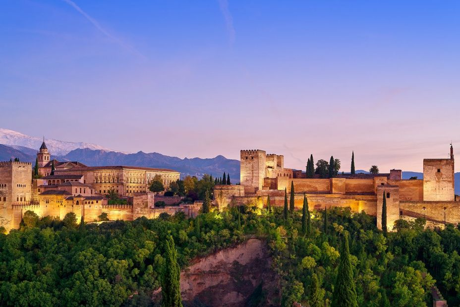 Alhambra fortress sunset in Gr 277794025