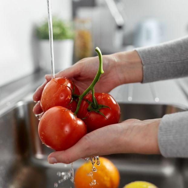 Trucos para limpiar bien las frutas y verduras