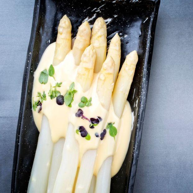 Dónde comer espárragos blancos (Bigstock)