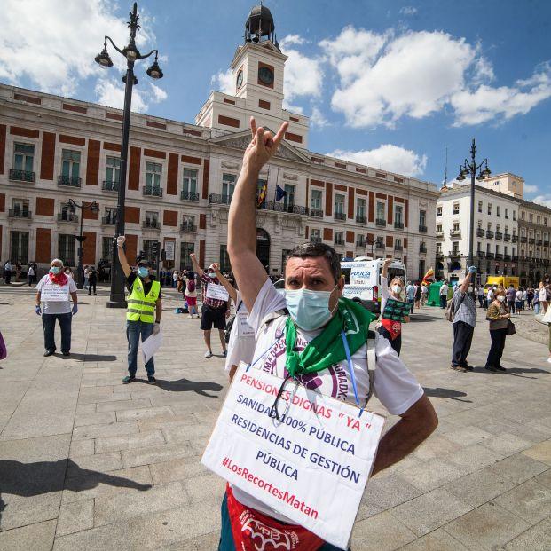 """Madrid reconoce que recomendó """"por error"""" no derivar mayores de las residencias a los hospitales"""