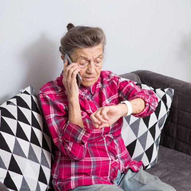 Mujer mayor y confinamiento: historias cotidianas