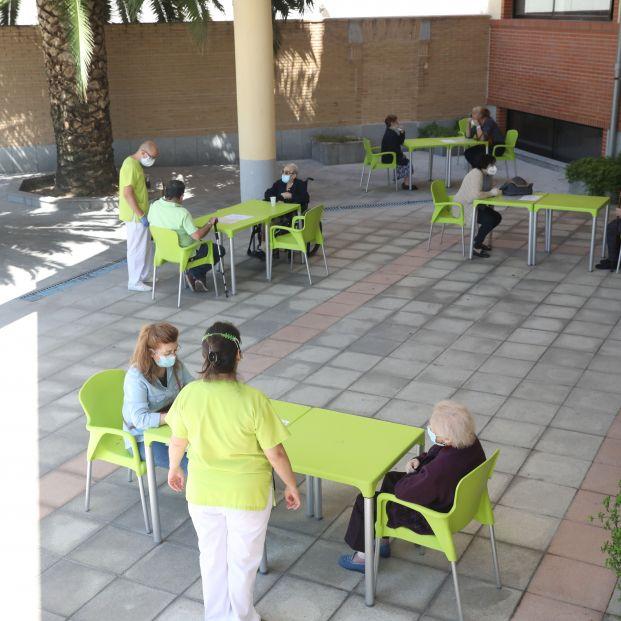 Residencias: Geriatras proponen aumentar ratios de personal y un máximo de 2 personas por habitación