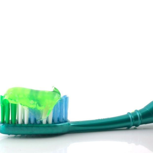 Así debe de ser el cepillo de dientes perfecto
