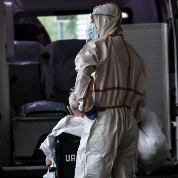 Las residencias superaron las 600 muertes diarias en el peor momento de la pandemia, según el INE