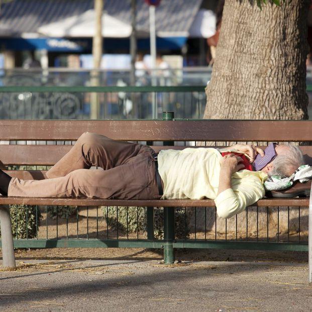 ¿Cuál es la tasa de pobreza en España y cómo afecta a los mayores de 65 años?