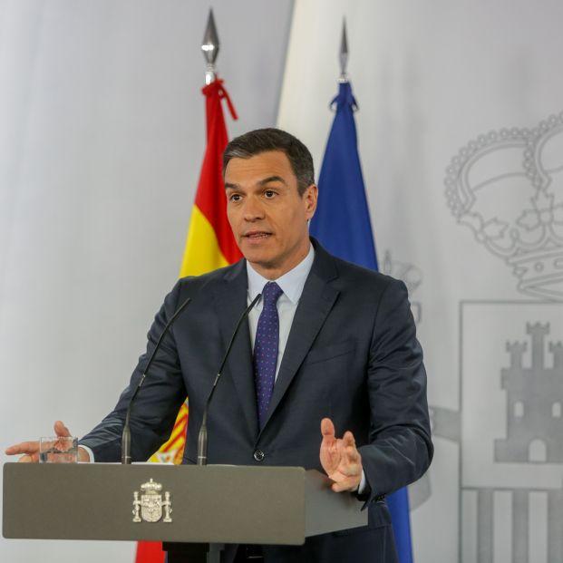 Sánchez da el dato de actuaciones de la UME en residencias pero sigue callando el de los muertos