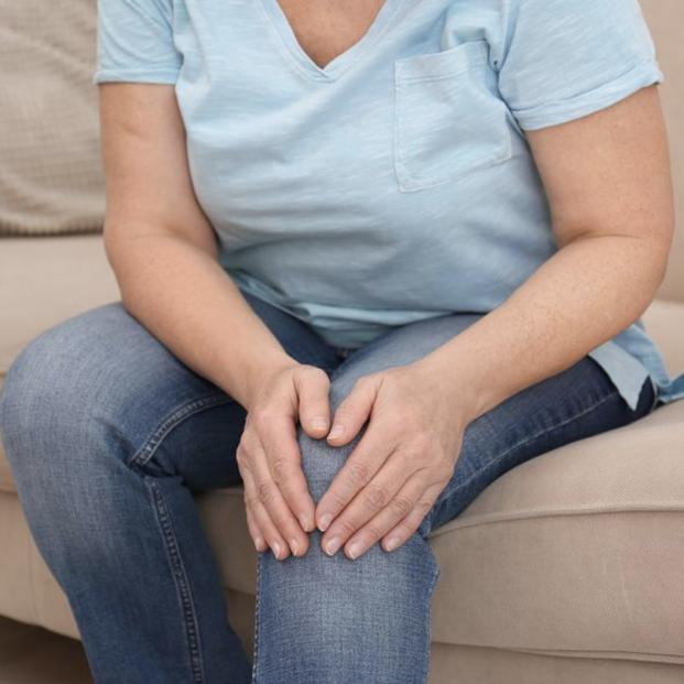3 masajes básicos para piernas cansadas