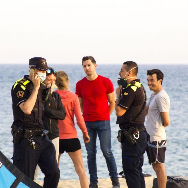 Este sería el aforo de seguridad en una playa de 2,5 km de largo y 60 m de ancho durante la pandemia