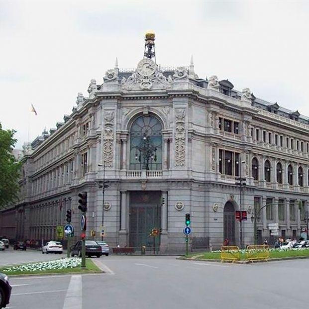 """Toque de atención del Banco de España por la subida """"agresiva"""" de las comisiones bancarias"""