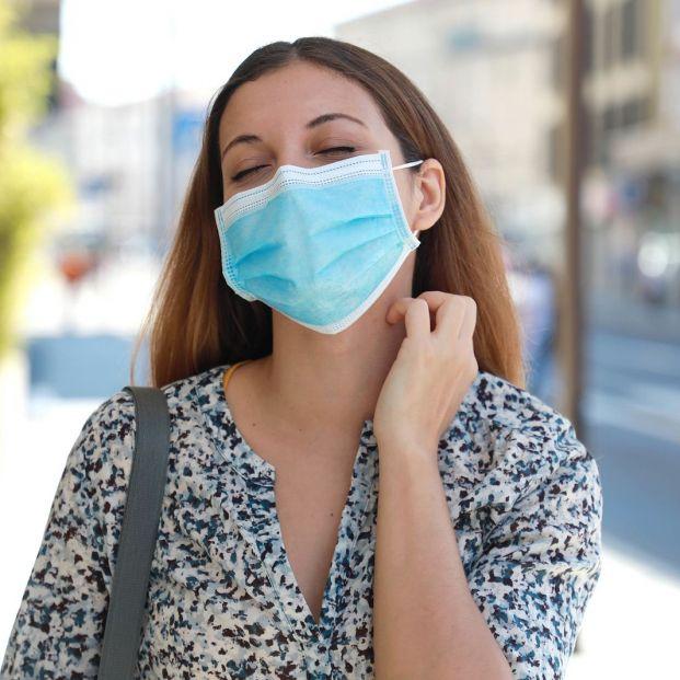 Las enfermeras avisan de los problemas en la piel causados por las mascarillas