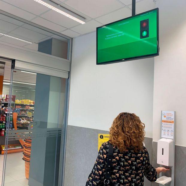 ¿Seguridad vial en el súper? Esta es la cadena de supermercados que ya ha instalado semáforos
