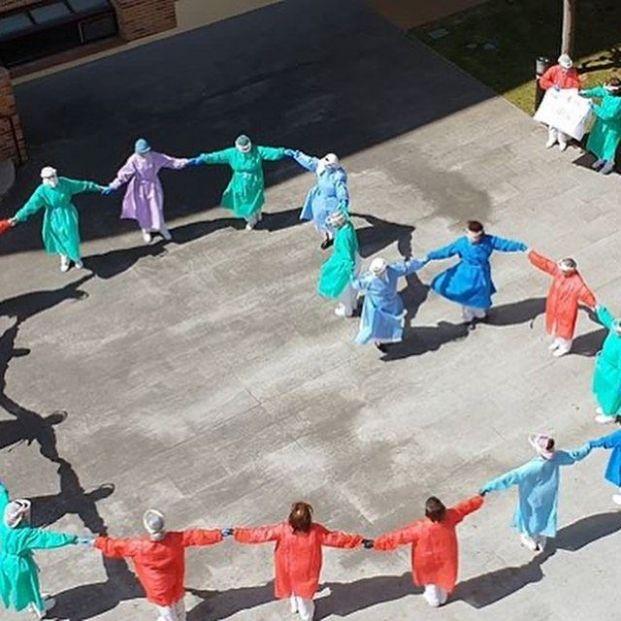 Las 10 buenas noticias del coronavirus de hoy 25 de junio. Foto: PHE #PHEdesdemibalcon
