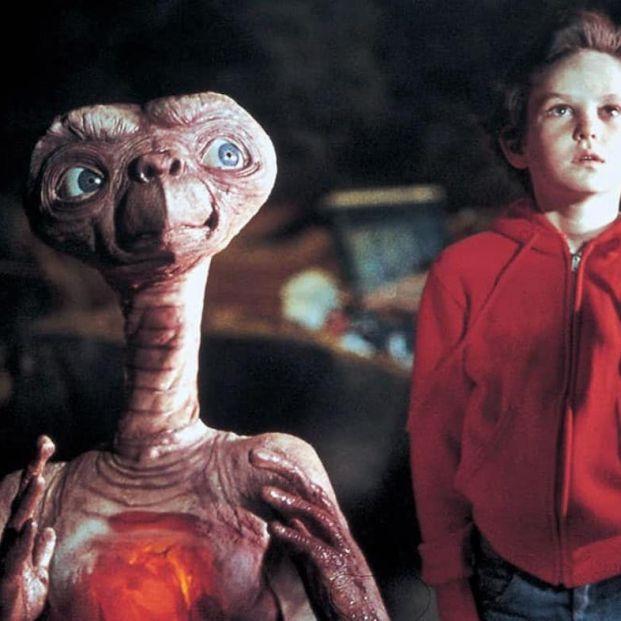 ¿Recuerdas estas películas míticas sobre extraterrestres?
