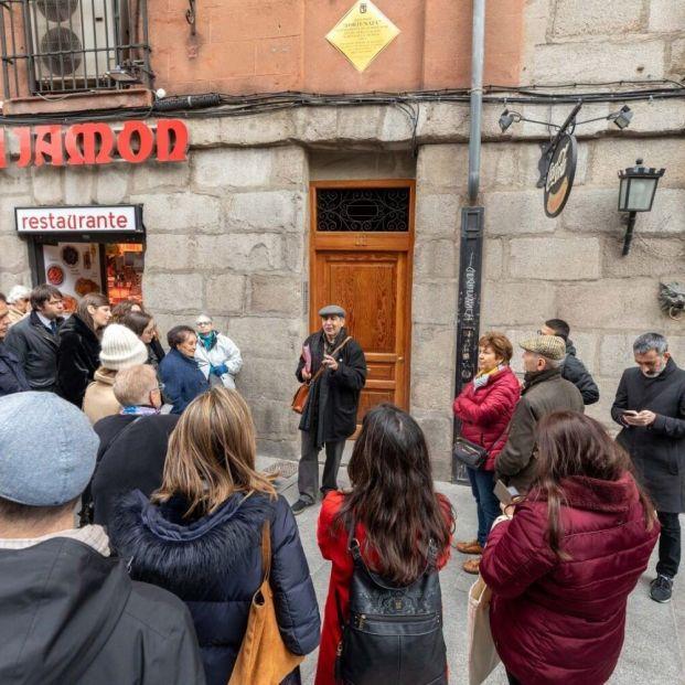Madrid retoma los paseos galdosianos con un máximo de 20 personas por grupo