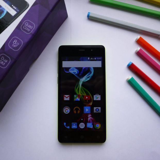 ¿Tienes un móvil Android? ¿Sabías que puedes tener un móvil nuevo cada día? (big stock )