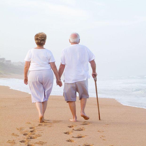 Pasear por playas o lagos provoca efectos positivos para la salud mental