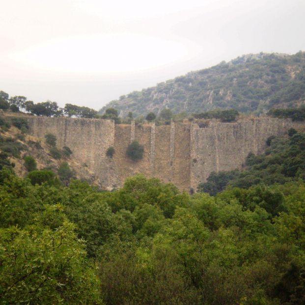 Presa El Gasco (Wikipedia)