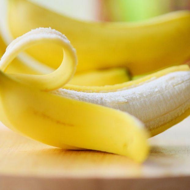 ¿Es cierto que comer plátano ayuda a prevenir los calambres?