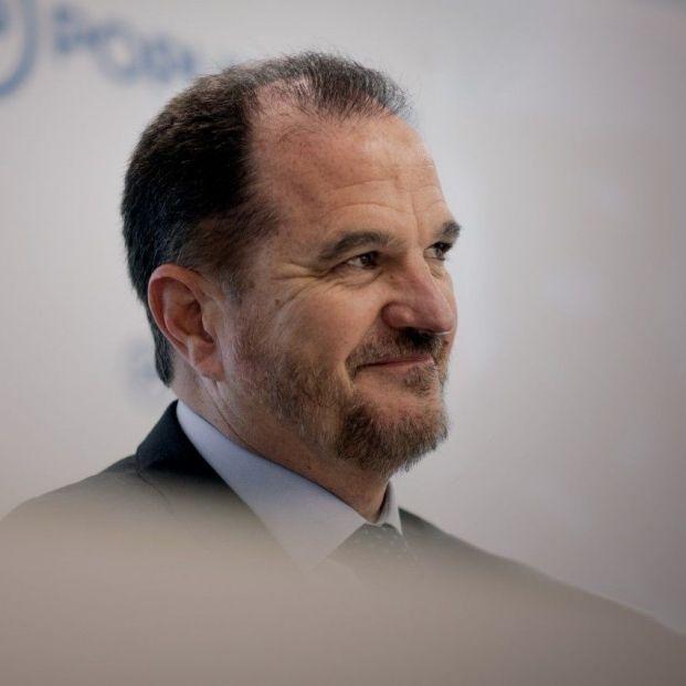 """Carlos Iturgaiz: """"El PSE ha abandonado la senda del constitucionalismo"""""""