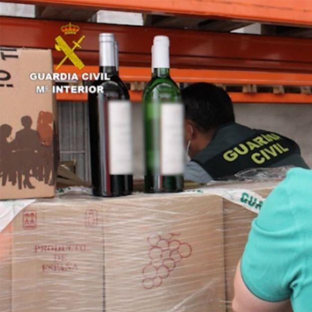 Timo del nazareno: Crean 90 empresas falsas para estafar 125.000 botellas de vino y revenderlas
