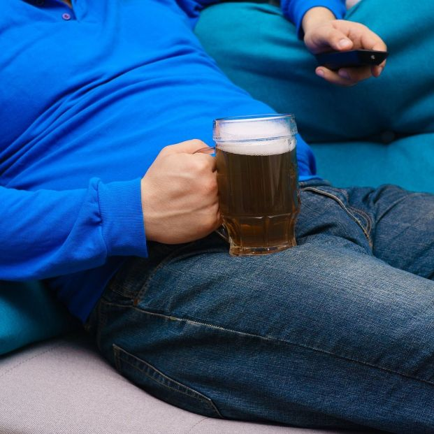 La causa real de la barriga cervecera que no imaginas