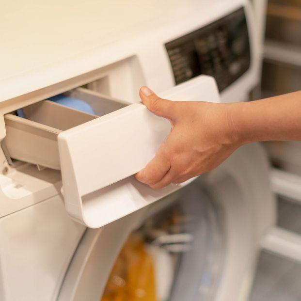 Los motivos por los que deberías usar siempre detergente líquido en lugar de en cápsulas o en polvo