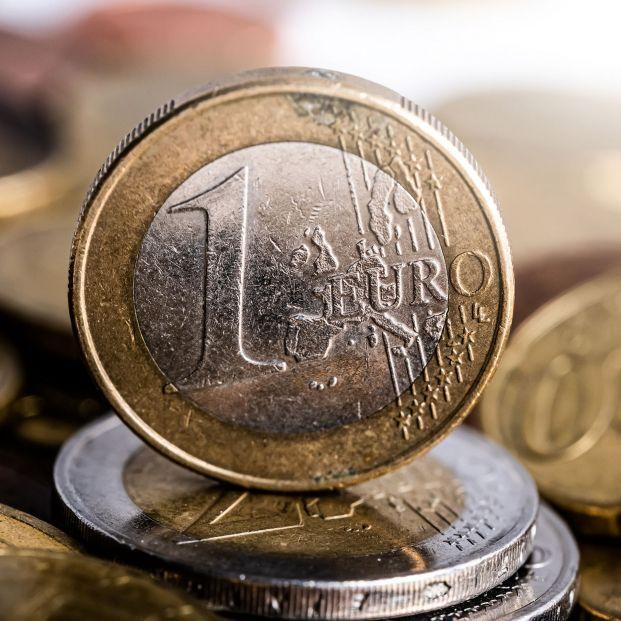 La Guardia Civil alerta de monedas que parecen de 1 euro pero en realidad no lo son