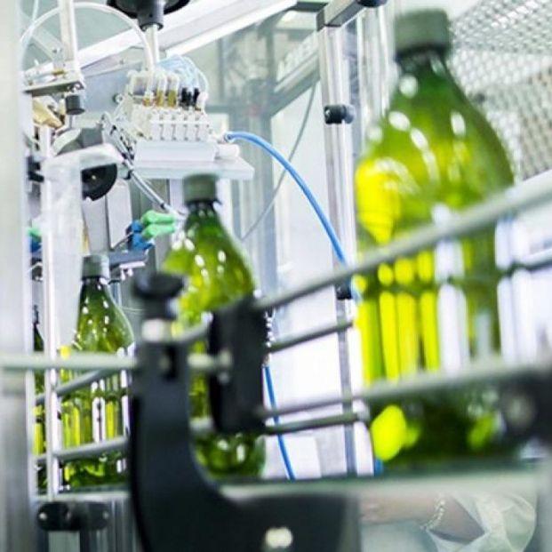 Guerra de los aceiteros contra el Gobierno por los envases de vidrio