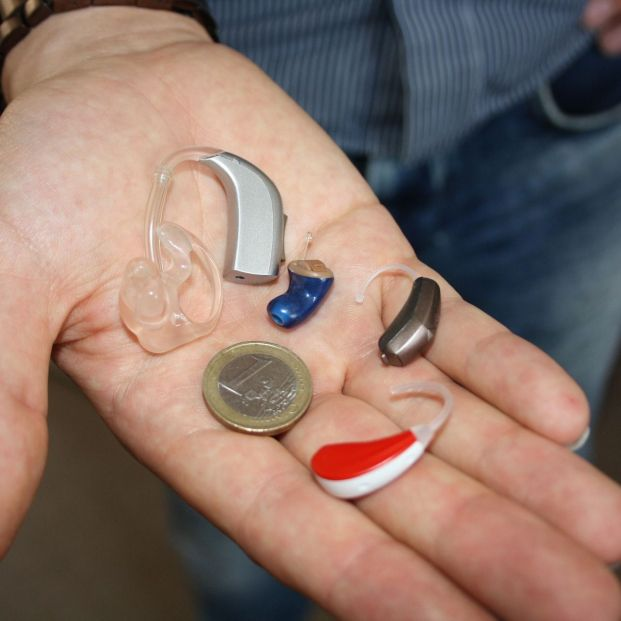 Implante coclear o audífono: ¿son iguales?