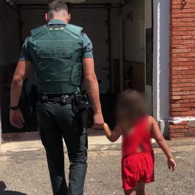 Abandona a una niña de 7 años y a un perro en la N-111 en Lardero (La Rioja)
